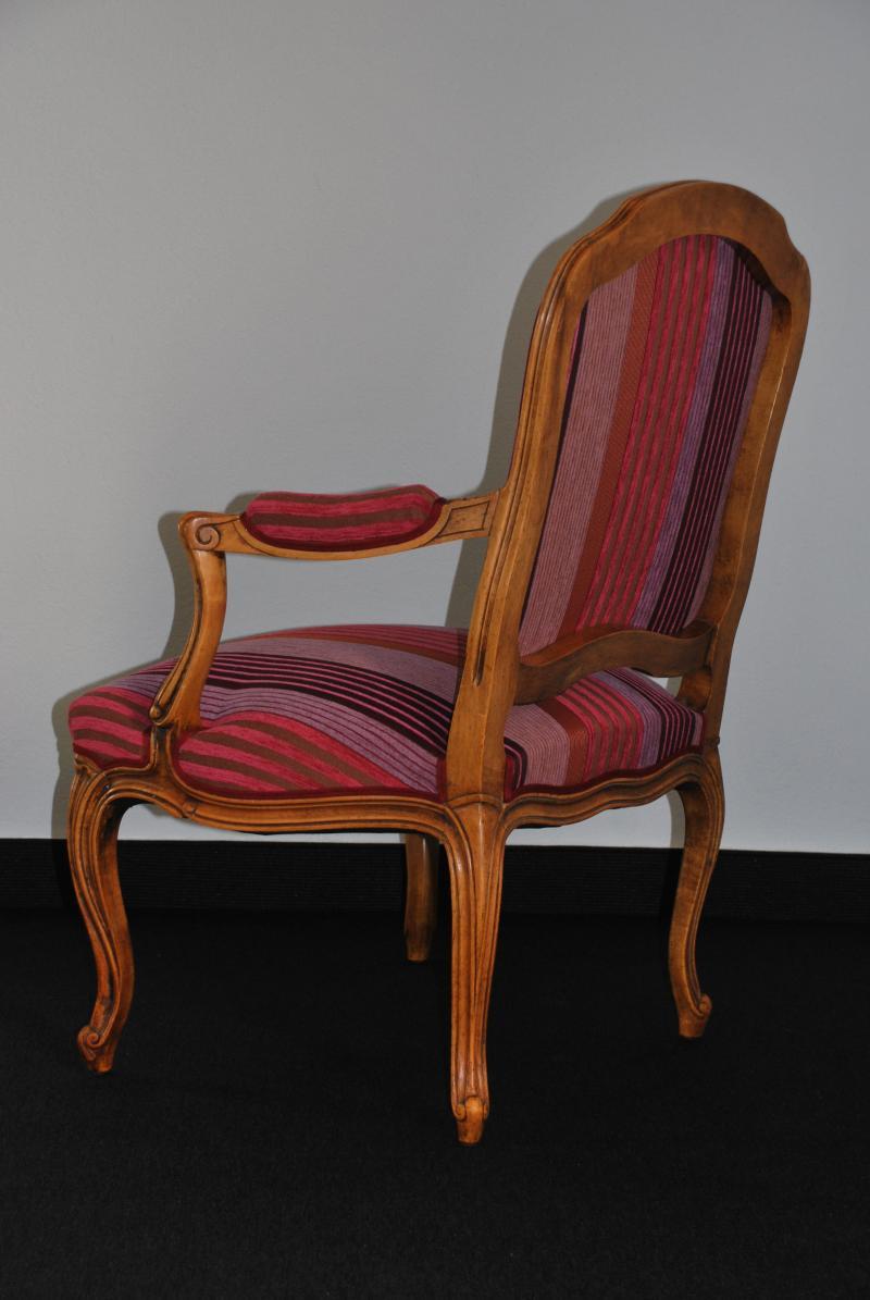 restauration de meubles une nouvelle vie pour votre mobilier envoyez nous une photo vous. Black Bedroom Furniture Sets. Home Design Ideas